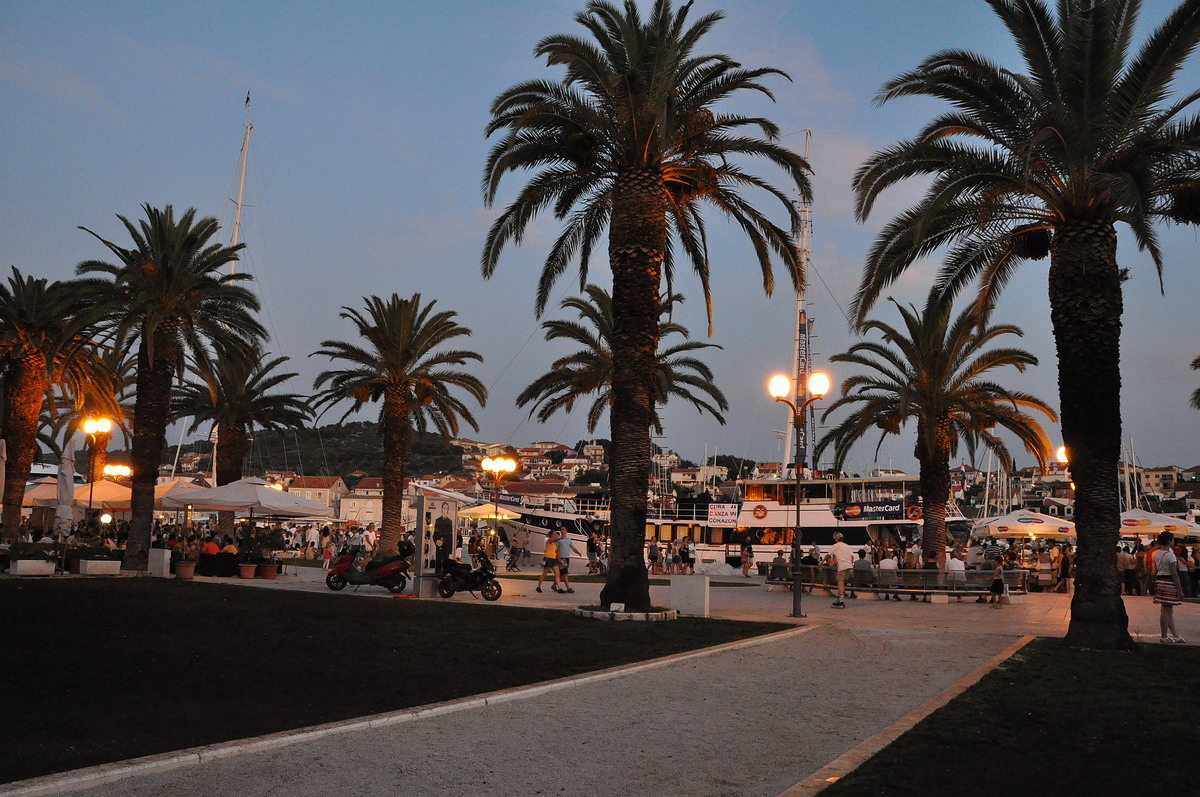 Trogir - Camping Rožac - Trogir, your perfect holiday destination!